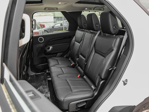 2018款3.0L V6 SE 后排座椅