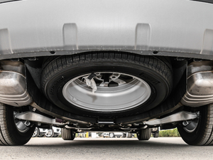 2018款3.0L V6 SE 备胎