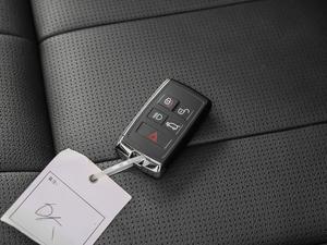 2018款3.0L V6 HSE 钥匙