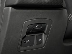 2018款P380 S 驻车制动器