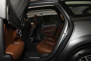 2019款T5 AWD 智尊版 后排空间