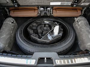 2019款T6 智尊版 7座 备胎