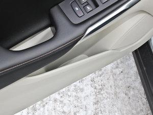 2013款沃尔沃v40越界车高清图片