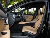 空间座椅沃尔沃S90(进口)前排空间