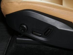 2017款T5 智逸版 座椅调节