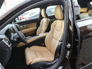 2017款2.0T T5 AWD 至尊版 前排座椅