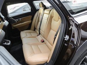 2017款2.0T T5 AWD 至尊版 后排座椅