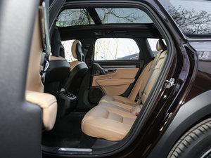 2017款2.0T T5 AWD 至尊版 后排空间