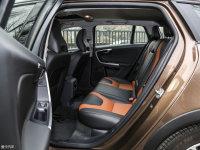 空间座椅V60 Cross Country后排空间