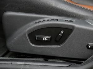 2017款2.0T T5 AWD 座椅调节