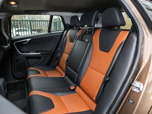 2017款2.0T T5 AWD 后排座椅
