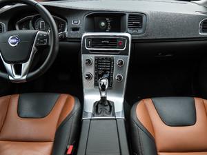2017款2.0T T5 AWD 中控台