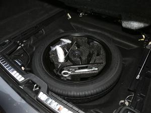 2017款2.0T T5 AWD 智尊版 备胎