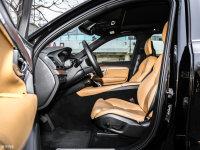 空间座椅沃尔沃XC90混动前排空间