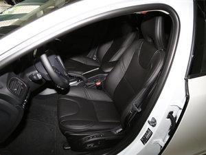 2018款1.5T T3 智逸版 前排座椅