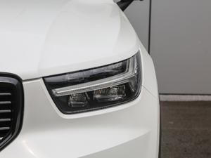 2019款T5 四驱运动 日暮水晶白限定版 头灯
