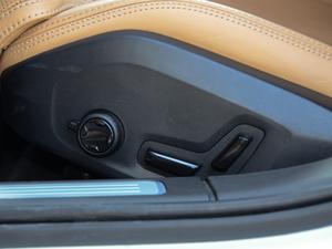 2017款2.0T T5 AWD 智尊版 座椅调节