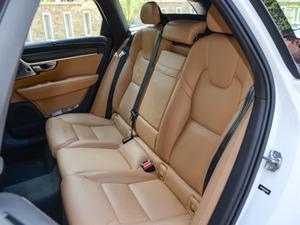 2017款2.0T T5 AWD 智尊版 后排座椅