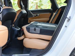 2017款2.0T T5 AWD 智尊版 后排座椅放倒