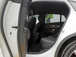 2018款GLC 260 4MATIC 轿跑SUV 后排空间