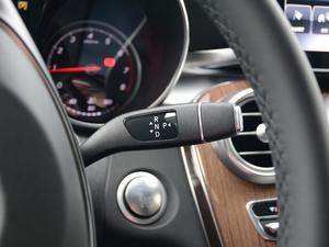 2018款GLC 260 4MATIC 轿跑SUV 变速挡杆