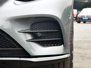 2018款GLC 260 4MATIC 轿跑SUV 雾灯