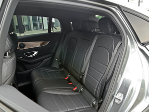 2018款GLC 260 4MATIC 轿跑SUV 后排座椅