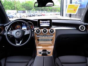 2018款GLC 260 4MATIC 轿跑SUV 全景内饰