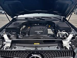 2018款GLC 260 4MATIC 轿跑SUV 发动机