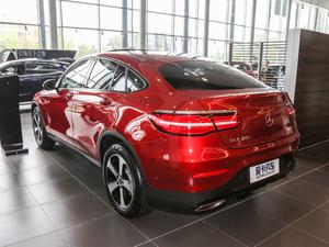 2018款GLC 200 4MATIC 轿跑SUV 后侧45度