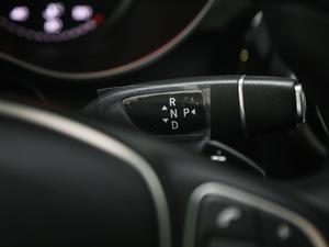 2018款GLC 200 4MATIC 轿跑SUV 变速挡杆