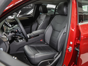2018款GLE 320 4MATIC 前排座椅