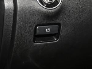 2018款GLE 400 4MATIC 驻车制动器