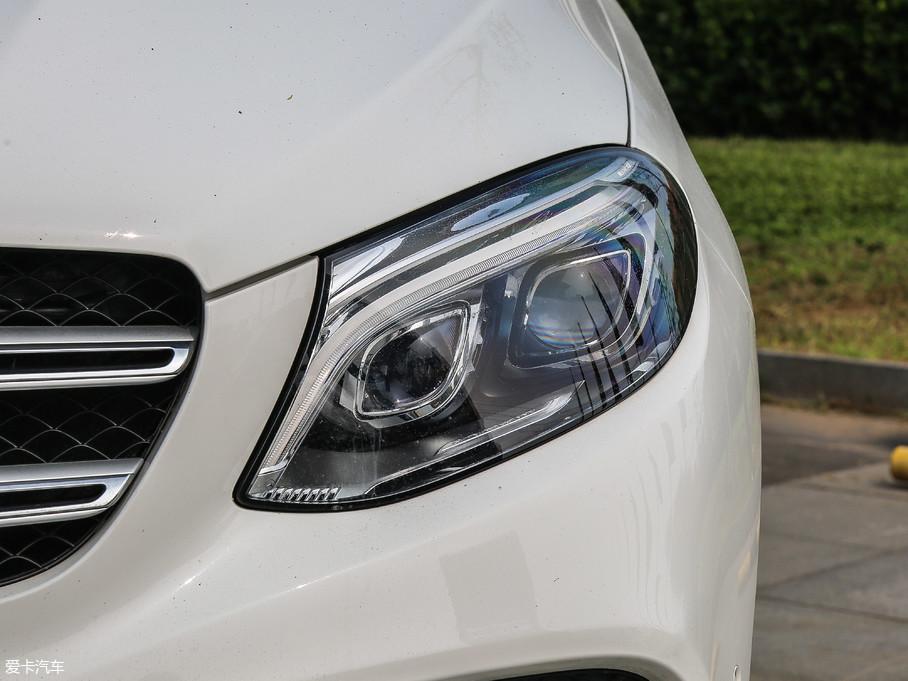 2018款奔驰GLE级GLE 320 4MATIC 豪华型臻藏版