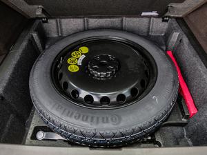 2018款GLE 320 4MATIC 豪华型臻藏版 备胎