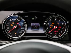 2018款E 300 Coupe 仪表