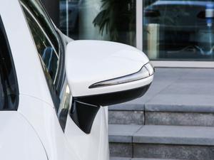 2019款E 200 Coupe 4MATIC 后视镜
