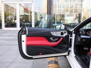 2019款E 200 Coupe 4MATIC 驾驶位车门