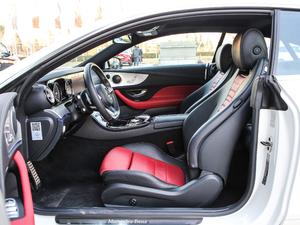 2019款E 200 Coupe 4MATIC 前排空间