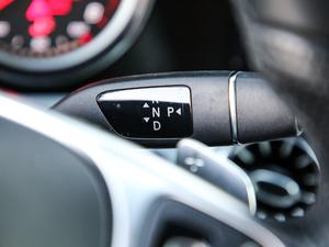 2019款E 200 Coupe 4MATIC 变速挡杆