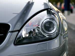 2010款AMG SLK 55 头灯