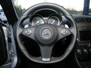 2010款AMG SLK 55 方向盘