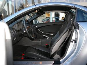 2010款AMG SLK 55 前排空间