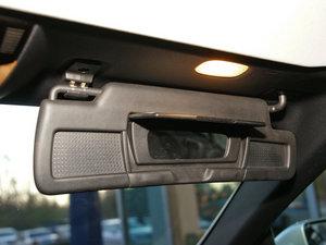 2010款AMG SLK 55 遮阳板