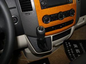 2013款3.0L 房车 变速挡杆