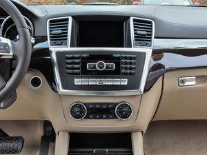 2014款GL 350 CDI 4MATIC柴油版 中控台