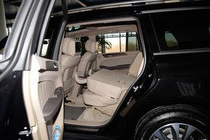 2015款GL 400 4MATIC豪华型 后排座椅放倒