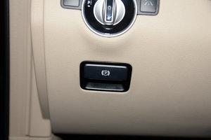 2015款GL 400 4MATIC豪华型 驻车制动器