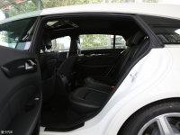 空间座椅奔驰CLS级猎装车后排空间