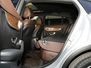 2017款GLC 260 4MATIC 轿跑SUV 后排座椅放倒